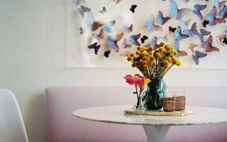 Бабочки на стене в интерьере квартиры